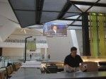 360-dual-surface-projection-screen-wolfgang-puck
