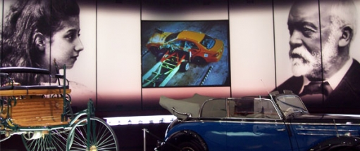 high-definition-projection-screens-museums-public-attractions